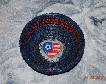 "Pine Needle Basket ""Go USA !"""