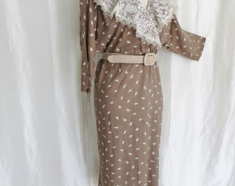 Vintage 80s womens dress, lace collar, beige tan print, dolman long sleeve, lightweight Spring Summer Fall, made in USA