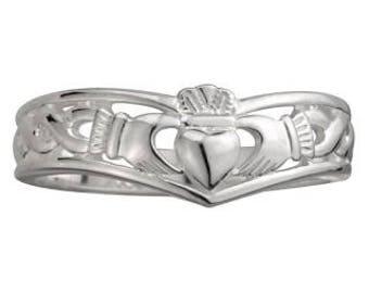 Claddagh Wishbone Ring