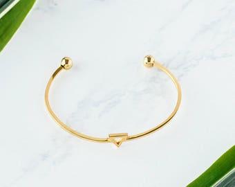 Gold Triangle Bracelet / Open bangle bracelet / gold bracelet / dainty bracelet / geometric bracelet / Layering Bracelet / Bridesmaid gifts
