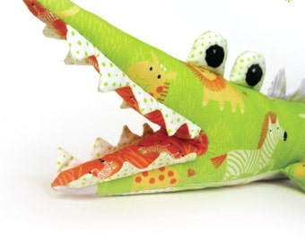 Alligator Sewing Pattern - PDF INSTANT DOWNLOAD