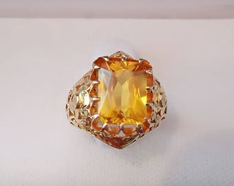 Gorgeous large citrine 14K yellow gold ring with beautiful design size 6.75
