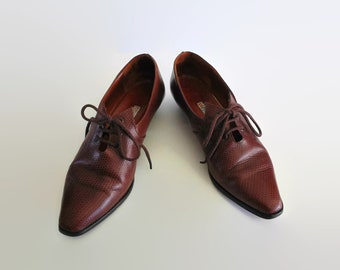 Burgundy Oxford Womens Shoes Size 7 - 90s Vintage Derbys Printed Leather, Small Block Medium Wide Heels, Lace Up, Leather Sole, Shoes Size 7