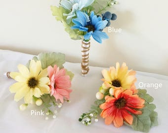 JennysFlowerShop Two color Daisies Wrapped Boutonniere Twine Wrapped Boutonniere Pin Boutonniere