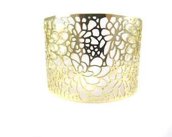 Gold Plated Floral Design Cuff - (1x) (K706)