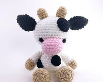 PATTERN: Chloe the Cow - Crochet cow pattern - amigurumi cow pattern - crocheted cow pattern - PDF crochet pattern