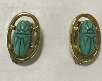 Gild Blue Green Turquoise Scarab Beetle Egyptian Revival Clip Earrings
