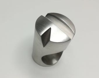Cylindrical ring
