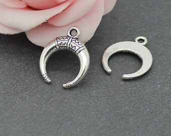 x 20 charms antique silver half moon 18 x 15 mm BRA112