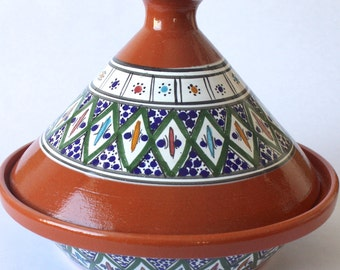 Tagine Tunisian Cooking w/ Green Accents