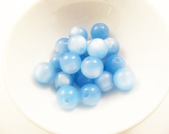 20 Vintage 12mm Light Blue Side-Drilled Moonglow Lucite Beads Luc101