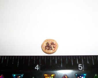 1:24 One Half Inch Scale Dollhouse Miniature Handcrafted 10 mm Supreme Pizza Food for the Doll House 998