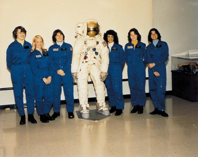 NASA's First Class of Female Astronauts Including Sally Ride - 5X7 or 8X10 Photo (AA-254)