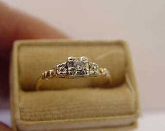 Antique Art Deco 14k Gold and Diamond Engagement ring - G-H - SI1-2 - size 6.5 - 1.1g