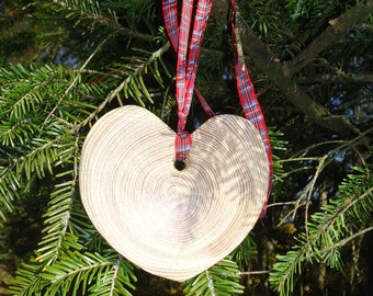 Personalised Recycled Acacia Wood Heart Shaped Ornament with any name painted or pyrographed a little gift for a Special Friend