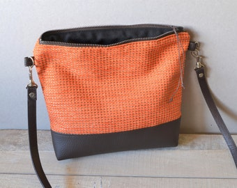 Small shoulder bag orange