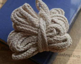 32 feet Cotton Braided Cord Off White Jewelry Cord 4mm (WTCN2675)