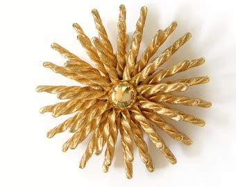 Monet Starburst  Pin Brooch Large Gold Coat Lapel Round Gold Sunburst Jewelry Signed