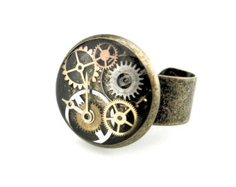 Steampunk Adjustable Ring - Watch Parts Ring - Clockpunk Ring - Industrial Ring - Watch Gear Ring - Clockworks Ring - Steampunk Gift idea