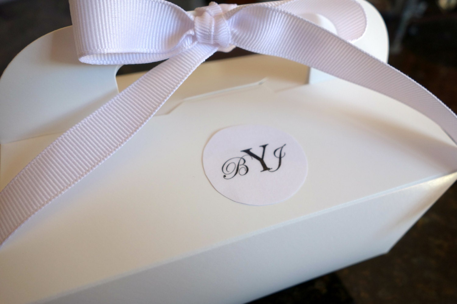 Personalized Monogram 12 GABLE CAKE BOX Initials Date