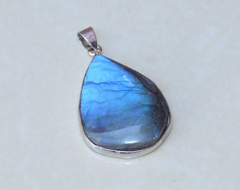 Labradorite Pendant - Teardrop - Polished Labradorite - Blue Flash - Gemstone Pendant - Silver Plated Bezel and Bail - 24mm x 32mm - 1077
