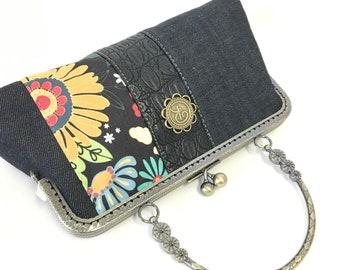 Small purse | Denim and flower | kisslock frame