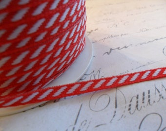 Petite Diagonal White and Red Stripe Ribbon 1/8 inch wide