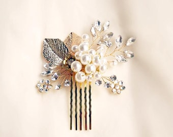 Bridal Hair Comb, Hair Pins, Hair piece / Wedding / Pearl and Crystal / Vintage inspired / Elise Gold Leaf Comb