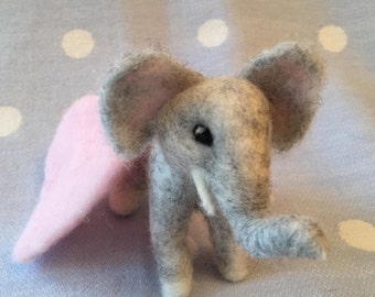 Baby Elephant/Needle felted elephant/Mothers Day Gift/Felt elephant/Baby Shower gift/New Mother gift/Elephant ornament