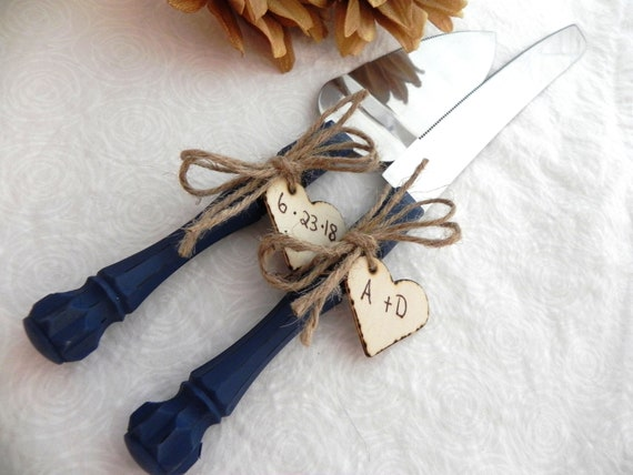 Rustic Chic Wedding Cake Server And Knife Set, Navy Blue with Personalized Wood Hearts, Bridal Shower Gift, Wedding Gift
