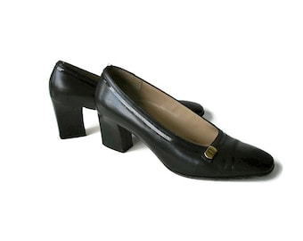 Salvatore Ferragamo shoes  size 8a Black leather shoes Vintage heels Leather heels Made In Italy Black Formal Pumps Wide heel Italian shoes