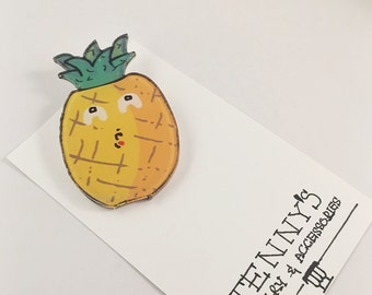 Cute animated cartoon brooch (available in white cat, crying pineapple and sunny egg