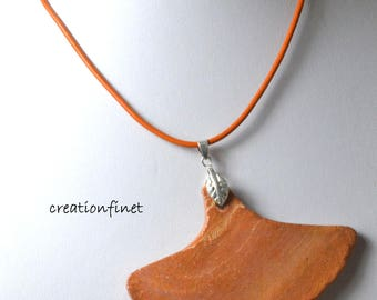 "Necklace ""leaf of ginkgo"" terracotta earthenware marbled"