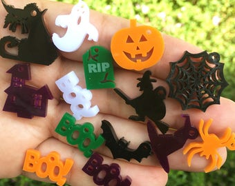14 HALLOWEEN laser cut acrylic charms (15-25mm)