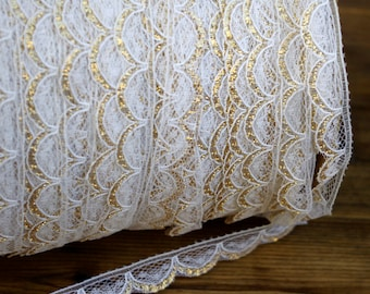 Vintage Scalloped Lace Trim White and Gold