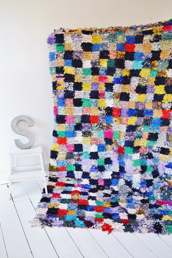 FREE SHIPPING>> Vintage Long Moroccan Boucherouite  Rug, Moroccan Rug,Hand Woven Rug, Bohemian Rugs, Xmas Gifts, 8.5 x 5.6 ft., Ramadan, Eid