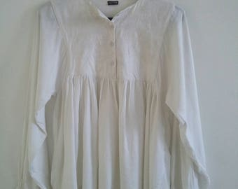 vintage deadstock embroidered  blouse