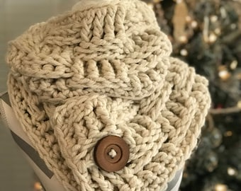Handmade Cream Infinity Scarf Cowl Chunky Loop With Wooden Button Soft Gift