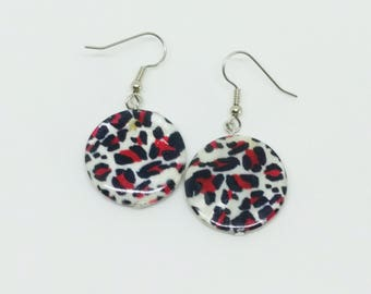 Round Black Red & White Leopard Print Natural Shell Disk Earrings