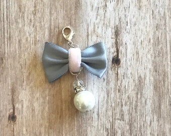 Gray and Pink Bow Planner Charm, Planner Accessory, Travelers Notebook Charm