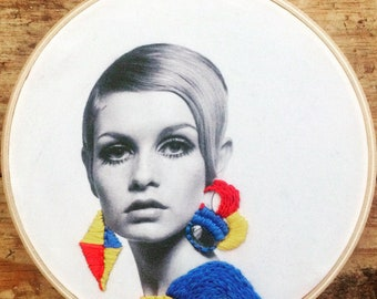 Twiggy - hand embroidery hoop art