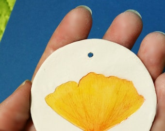 ginko leaf wall deco necklace clay home decoration