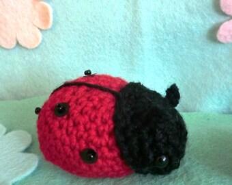 Tess the ladybug crochet amigurumi pattern