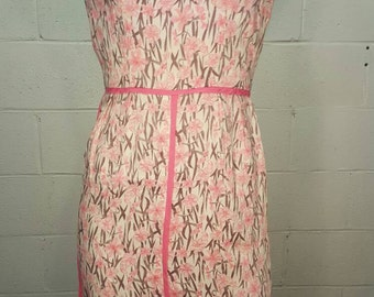 60s Pink Floral Wiggle Dress   X Small XS   Bust 30-32   Waist 24   Vintage VTG