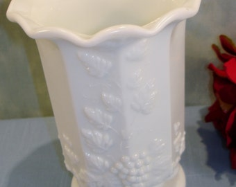 Paneled Grape by Westmoreland Milk Glass Crimped Rim Celery Vase 6 in. tall