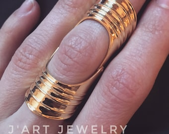 """Double ring, full finger ring """"Odalisque new""""."""