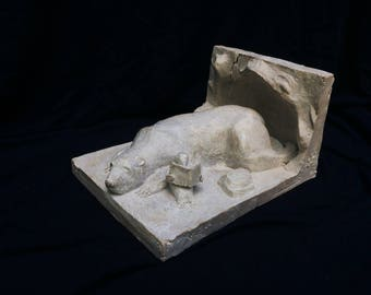 """""""Ice"""" bookends"""