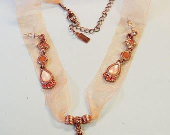 Vintage 1928 choker and pierced earrings, 1928, vintage 1928