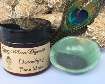 Detoxifying Facial Mask