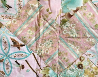 Pink and gold Patchwork Throw Quilt